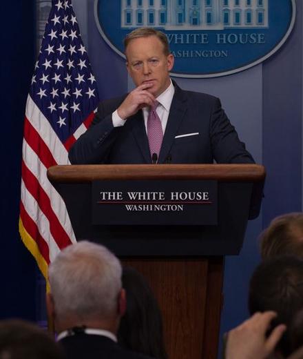 עורך פורבס: כל מי ששיקר עבור טראמפ צריך לשלם את המחיר