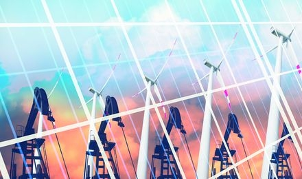 המעבר לאנרגיה מתחדשת בעיצומו, אך השינוי לא מתבצע במהירות הרצויה