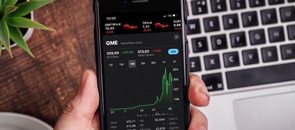 בעולם התכנות כמו בעולם המניות - זמן הוא כסף. צילום: shutterstock