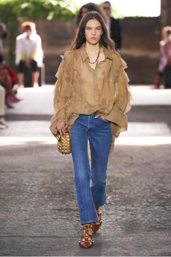 """מתוך תצוגת האופנה של ולנטינו. צילום: יח""""צ"""