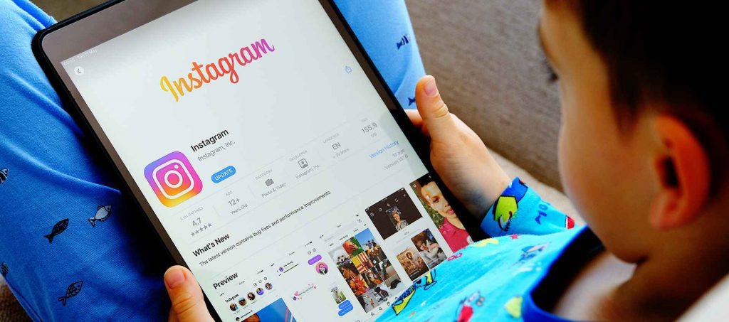 אינסטגרם. ילדים. פייסבוק. צילום: shutterstock