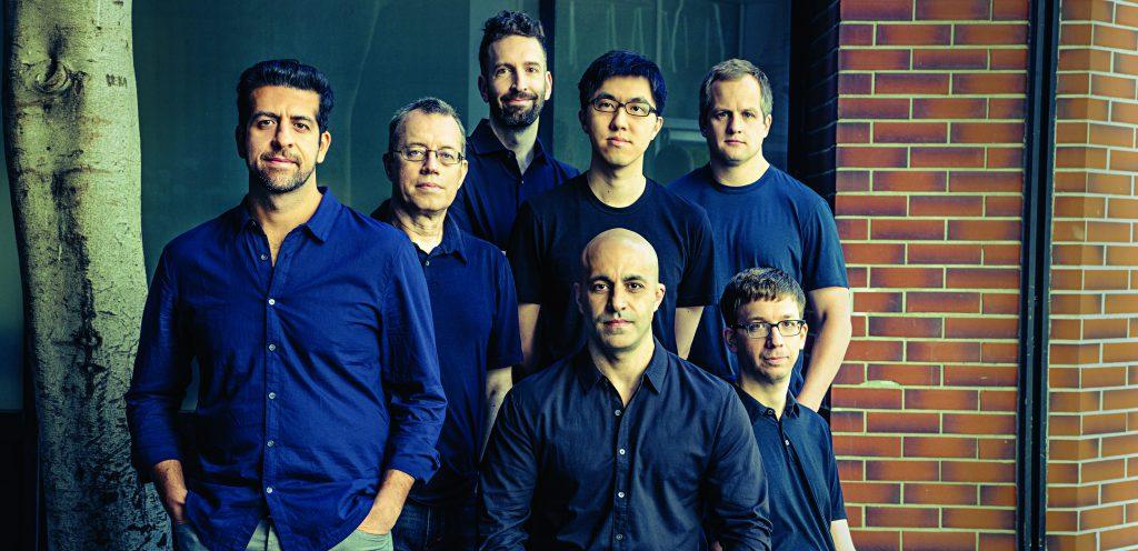 שבעת מייסדי Databricks. לשישה מהם יש דוקטורט במחשבים. יושבים: גודסי (משמאל) וזהריה | צילום: Timothy Archibald