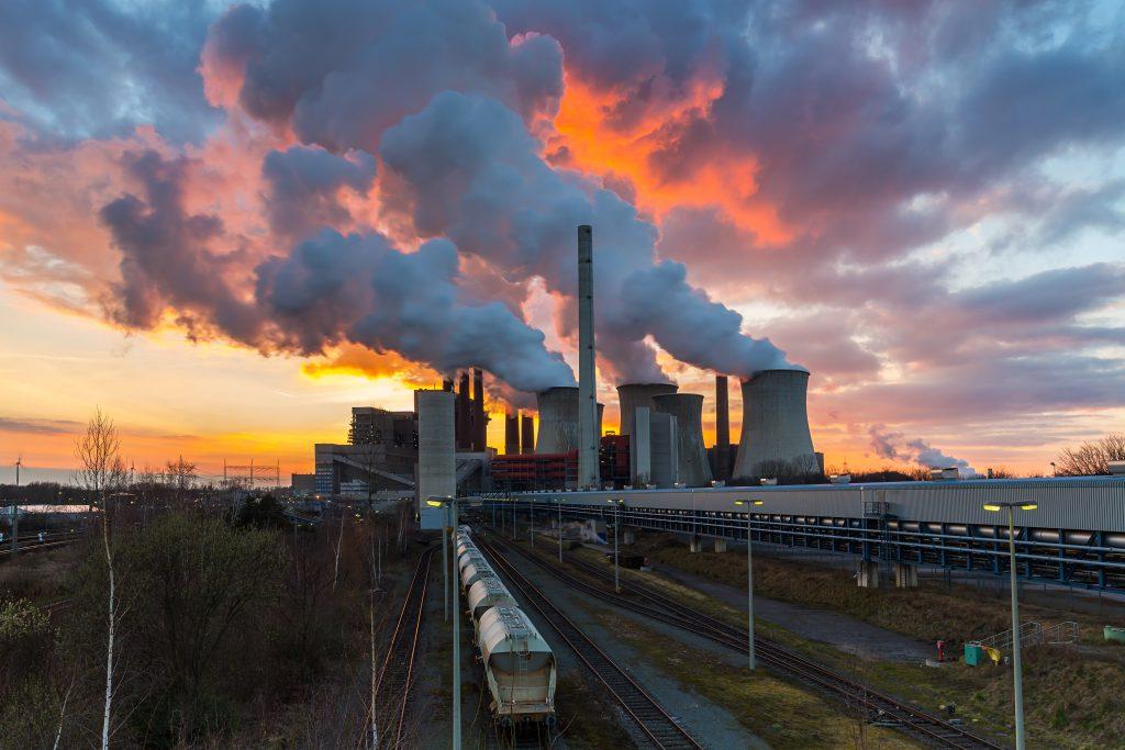 זיהום אוויר ופליטת פחמן דו חמצני   צילום: Shutterstock