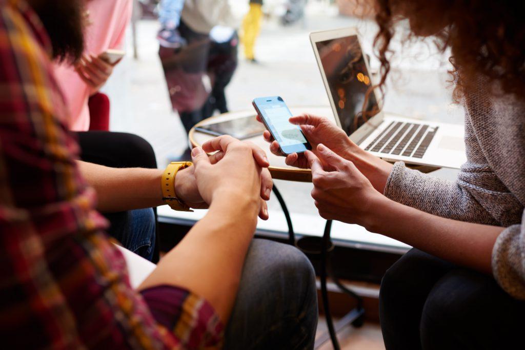 אפליקציות | צילום: Shutterstock