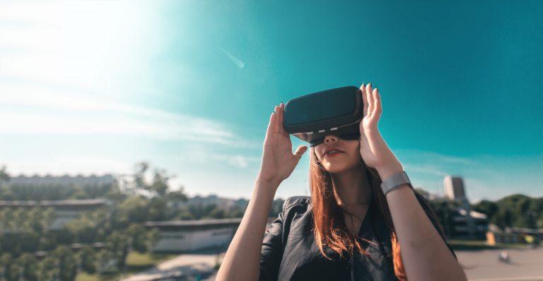 משקפי מציאות מדומה | צילום: Shutterstock