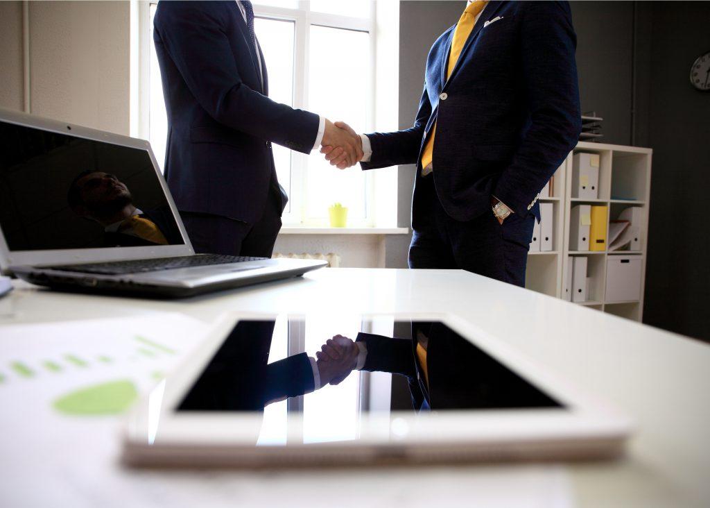 אנשי מכירות | צילום: Shutterstock